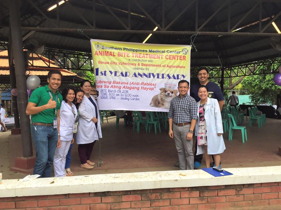 L-R: Dr. Seurinane Sean Espanola, SPMC Regional Rabies Trainer; Ms. Noreen Yap, SPMC Rabies Nurse-in-charge and Trainer, Ms. Mary Divine Hilario, DOH Region XI Rabies Program Manager; Dr. Rizza Ong, SPMC ABTC Consultant-in-charge; Dr. Vergel Jay Bautista, DOH Region XI Rabies Program Manager; Dr. Jessical Lorejo, SPMC Rabies Progam Consultant and Dr. Mon Razzel Borcela, SPMC Rabies Program Resident-in-charge